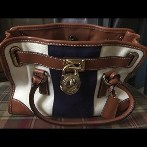 Medium sized Authentic Michael Kors Hamilton bag